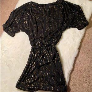 Gold and black slit arm Jessica Simpson dress